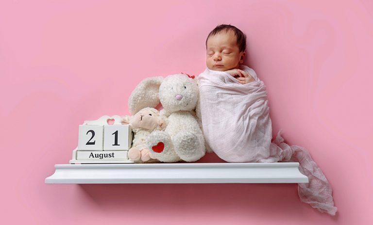 Read more about the article Kent Newborn Baby Photography